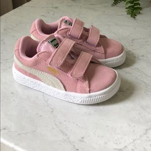 Puma pink suede toddler girl shoes